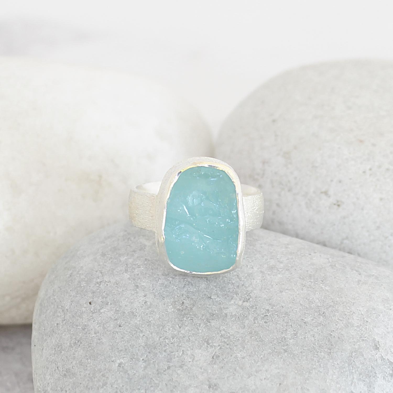 aquamarine gemstone ring