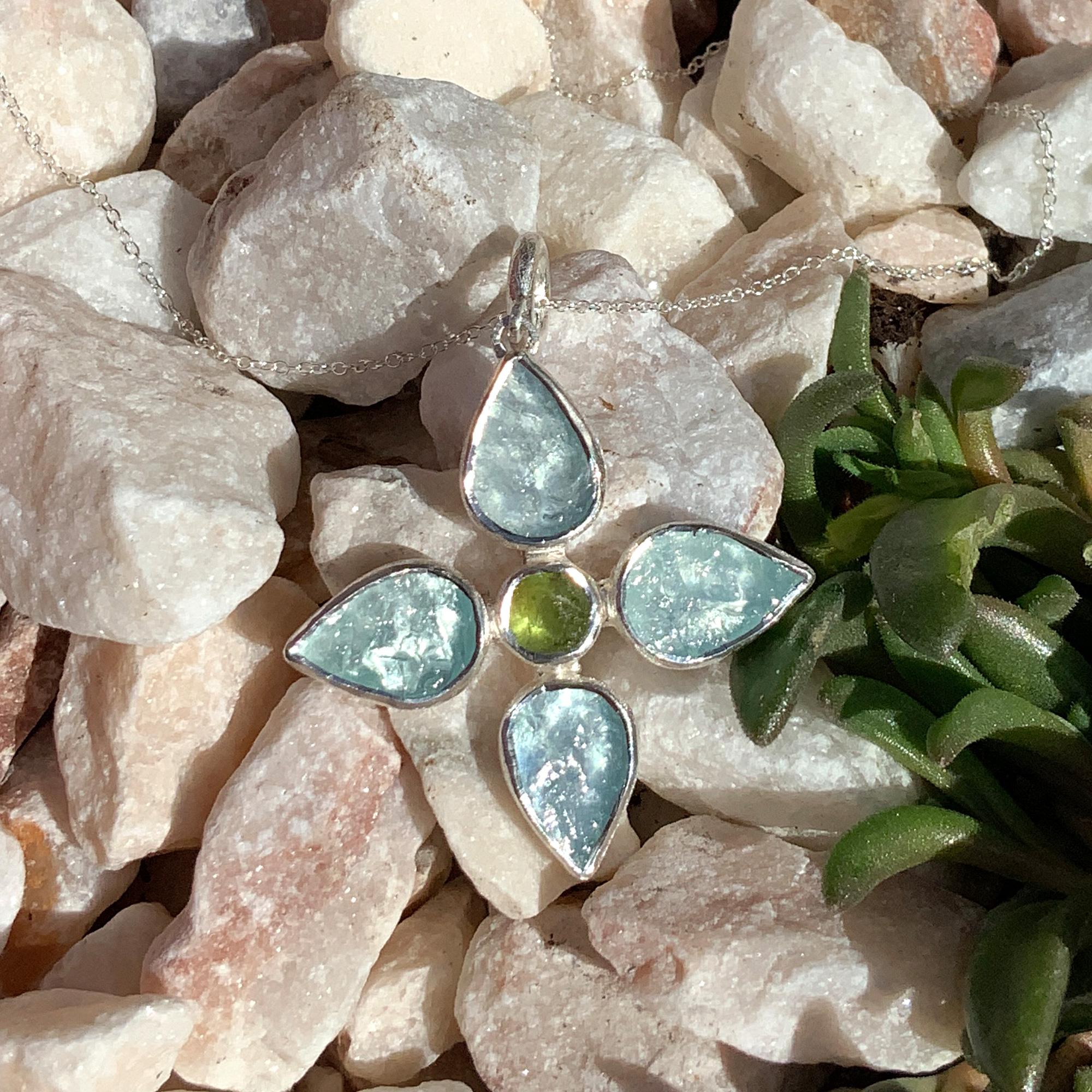 Handmade Aquamarine & Peridot Gemstone Flower Sterling Silver Pendant